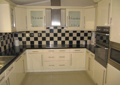 stately-pembroke-kitchen